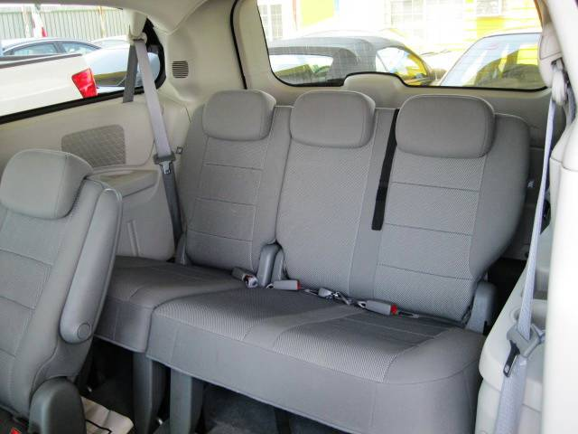 Image 7 of 2009 Dodge Grand Caravan…
