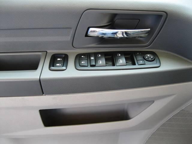 Image 8 of 2009 Dodge Grand Caravan…