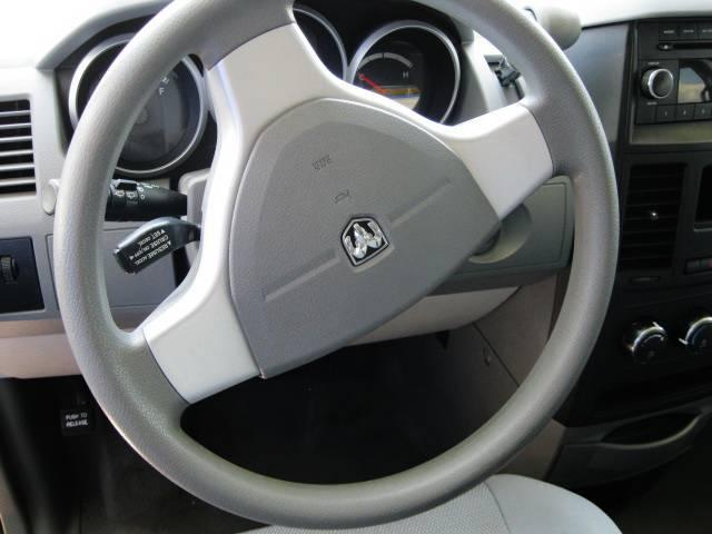 Image 10 of 2009 Dodge Grand Caravan…
