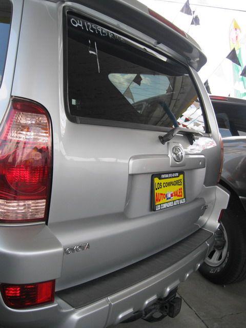 Image 10 of 2004 Toyota 4Runner…