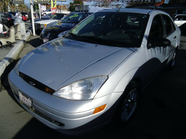 2002 FORD FOCUS ZTS silver air conditioningalloy wheelsamfm radioanti-brake system non-abs
