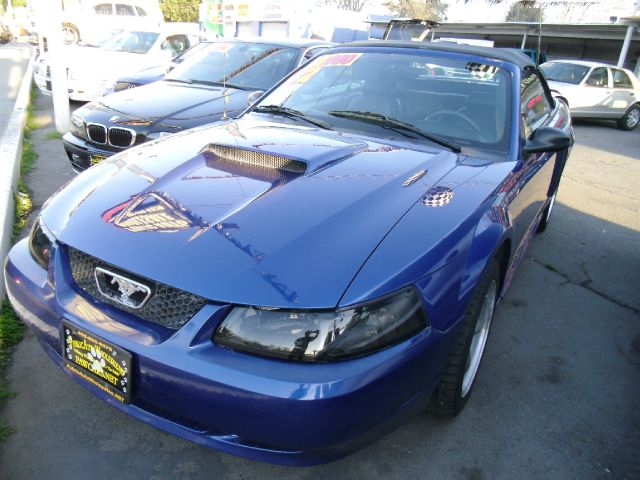 2002 FORD MUSTANG GT DELUXE CONVERTIBLE blue air conditioningalloy wheelsamfm radioanti-brake