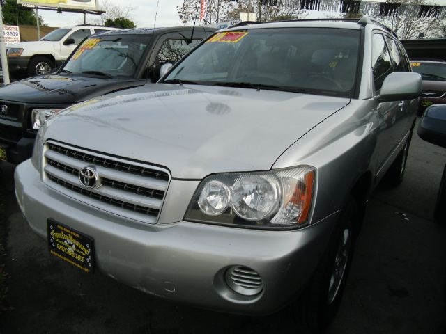 2001 TOYOTA HIGHLANDER V6 4WD silver 4wdawdabs brakesair conditioningamfm radioanti-brake sy