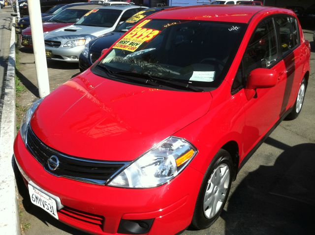 2011 NISSAN VERSA 18 S HATCHBACK red abs brakesair conditioningamfm radioanti-brake system 4