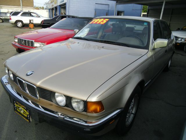 1992 BMW 7 SERIES 735IL