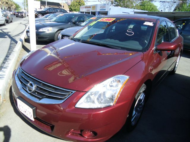 2011 NISSAN ALTIMA maroon 4 doorair conditioningamfm radioantilock brakesautomatic transmissi