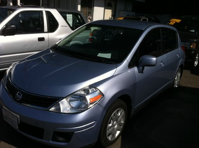 2011 NISSAN VERSA 18 S HATCHBACK blue abs brakesair conditioningamfm radioanti-brake system