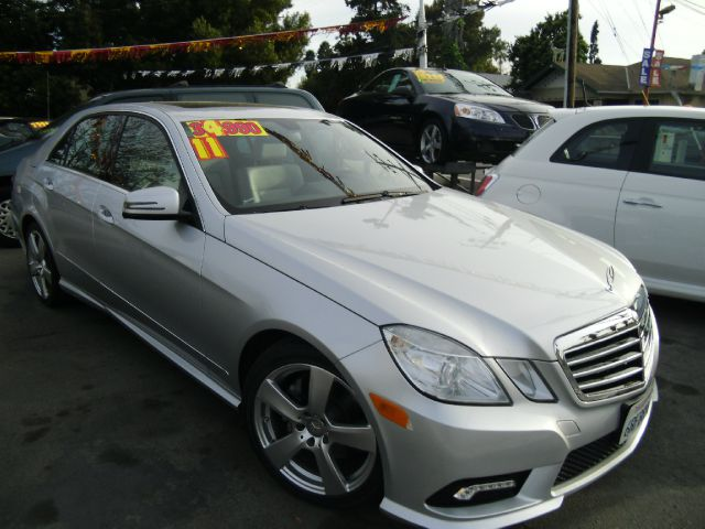 2011 MERCEDES-BENZ E-CLASS E350 SEDAN silver abs brakesair conditioningalloy wheelsamfm radio