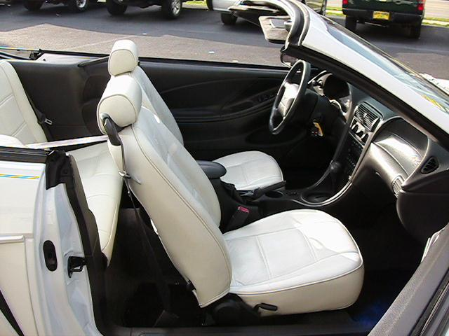 Image 3 of 2004 Ford Mustang Premium…