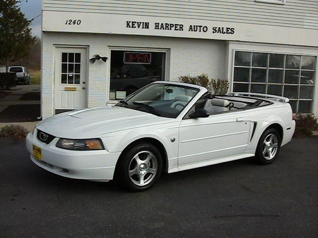 Image 18 of 2004 Ford Mustang Premium…