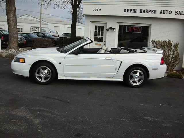 Image 19 of 2004 Ford Mustang Premium…