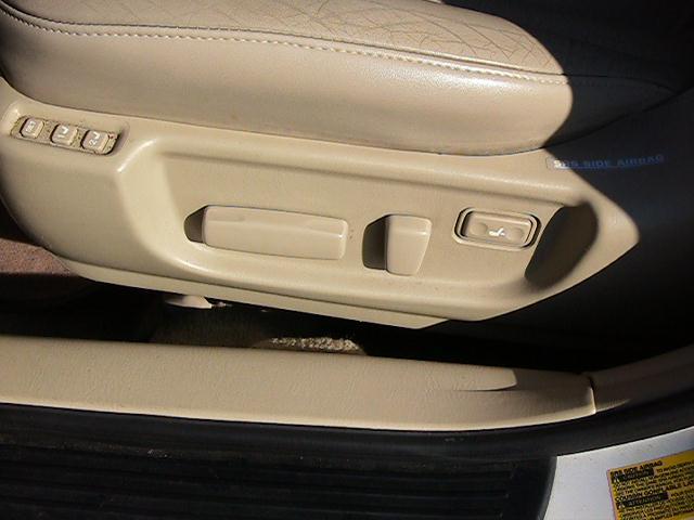Image 14 of 2000 Toyota Avalon XLS…
