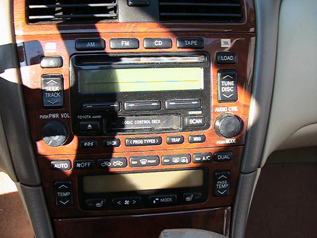 Image 15 of 2000 Toyota Avalon XLS…