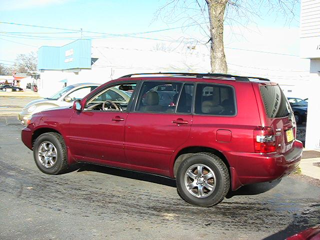 Image 22 of 2005 Toyota Highlander…