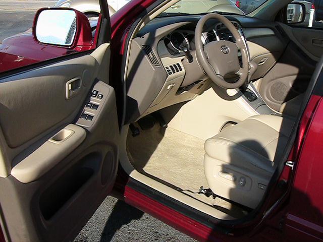 Image 23 of 2005 Toyota Highlander…