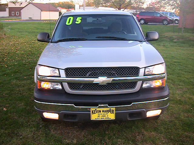 Image 3 of 2005 Chevrolet Silverado…