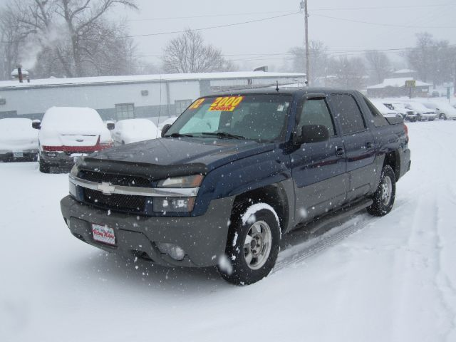 Tothego - 2002 Chevrolet Avalanche_1