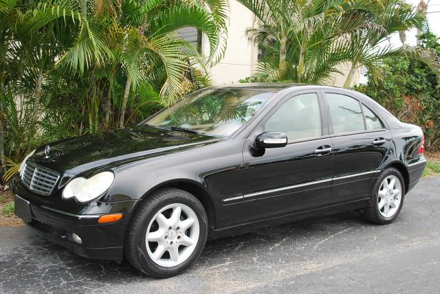 Used 2004 mercedes benz c class for sale 2910 okeechobee for Mercedes benz okeechobee blvd