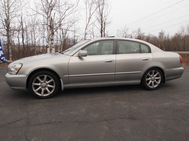 2002 Infiniti Q45