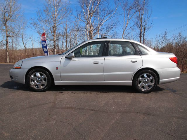 2005 Saturn L300