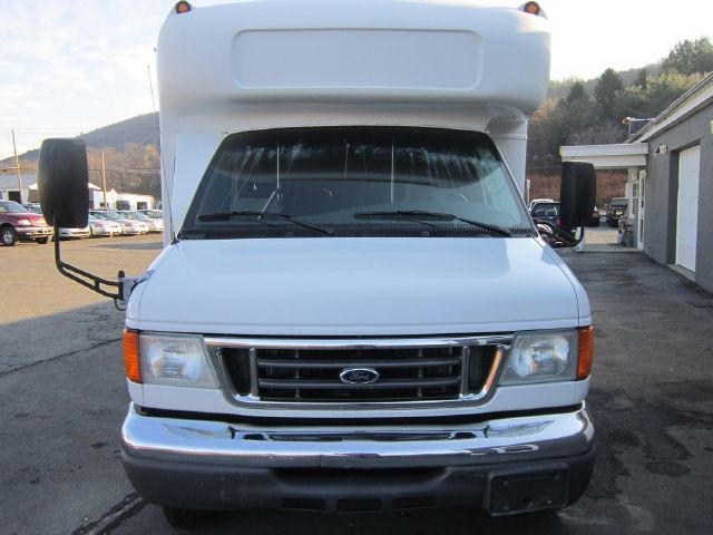 2006 Ford Econoline E-450 - Binghamton NY