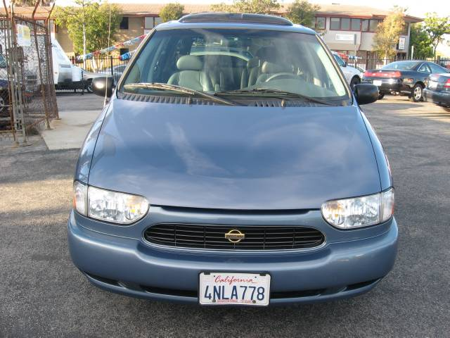 Image 1 of 2000 Nissan Quest GLE…