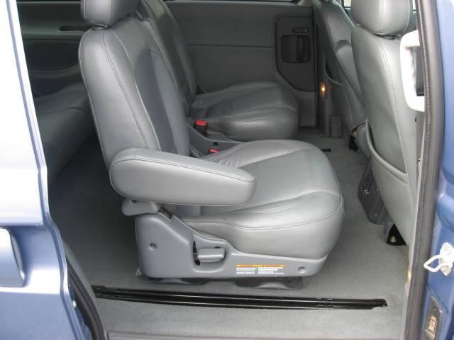 Image 2 of 2000 Nissan Quest GLE…