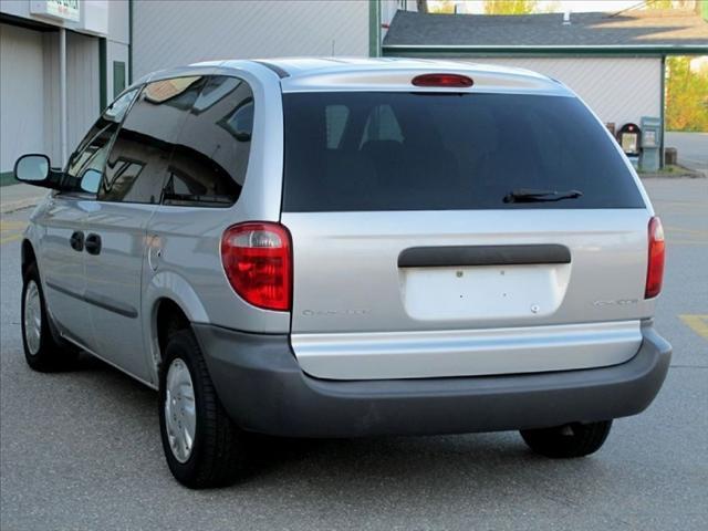 Image 6 of 2002 Chrysler Voyager…
