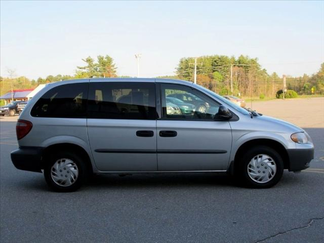 Image 9 of 2002 Chrysler Voyager…