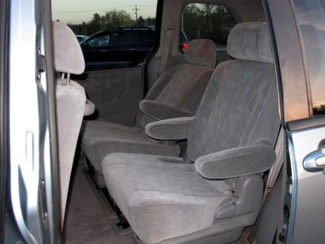 Image 10 of 2003 Mazda MPV 4dr LX…