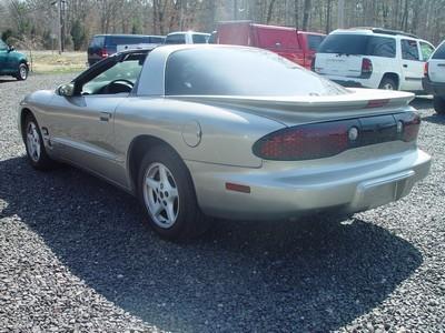 Image 7 of 2000 Pontiac Firebird…