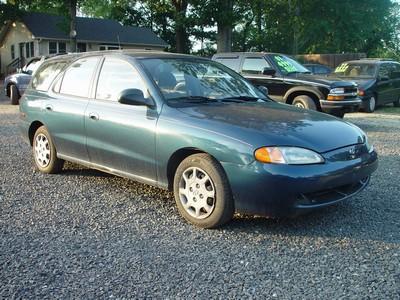Image 4 of 1998 Hyundai Elantra…