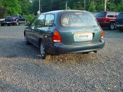 Image 7 of 1998 Hyundai Elantra…