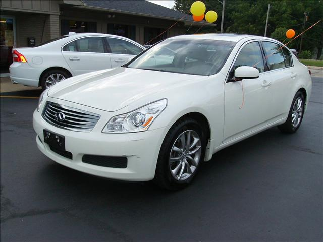 2008 infiniti g35 1707 e 4th st sterling il 61081 used cars for sale. Black Bedroom Furniture Sets. Home Design Ideas
