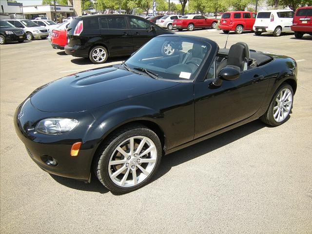 Image 10 of 2006 Mazda MX-5 Miata…