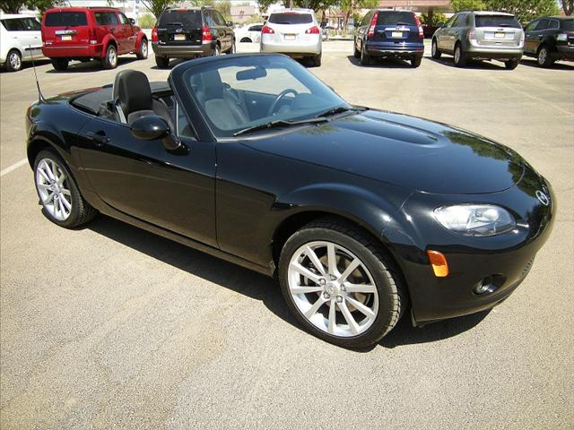 Image 16 of 2006 Mazda MX-5 Miata…