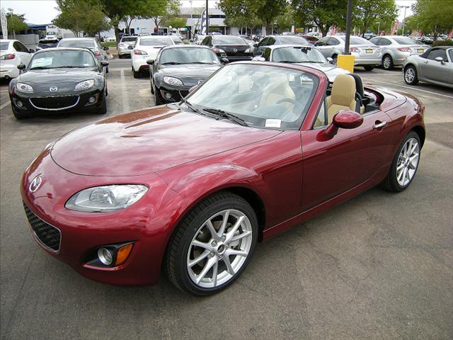Image 9 of 2011 Mazda MX-5 Miata…