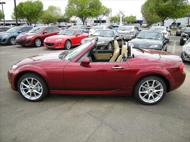 Image 10 of 2011 Mazda MX-5 Miata…