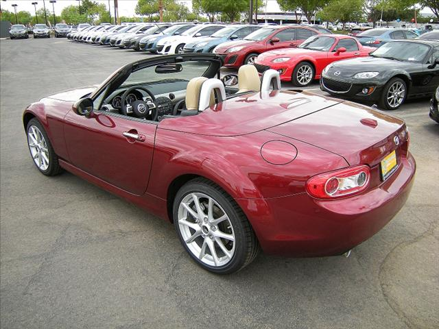 Image 11 of 2011 Mazda MX-5 Miata…