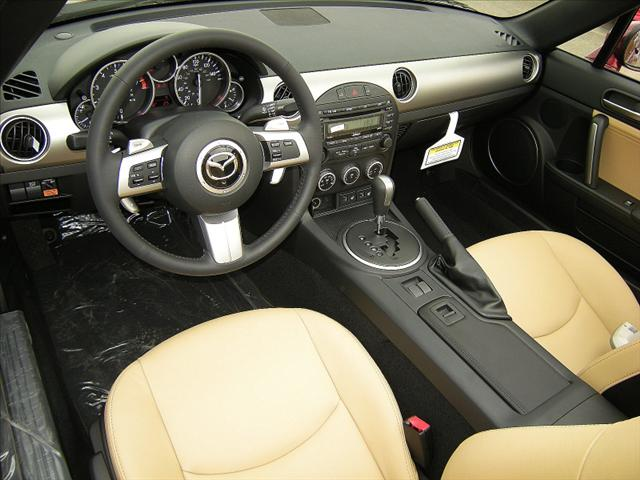 Image 12 of 2011 Mazda MX-5 Miata…