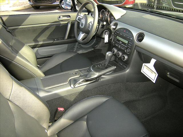 Image 17 of 2011 Mazda MX-5 Miata…