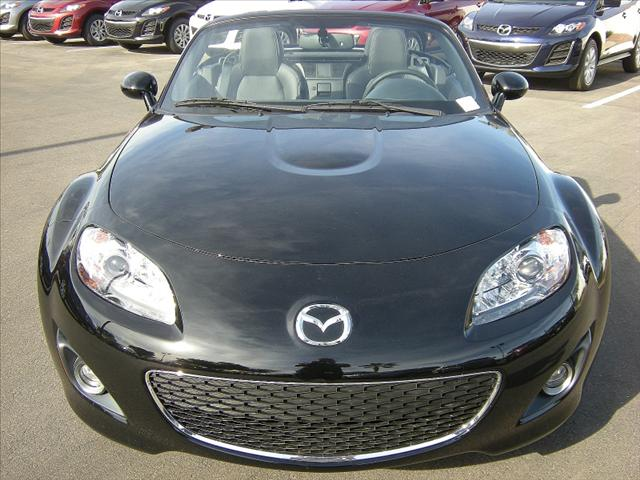 Image 18 of 2011 Mazda MX-5 Miata…