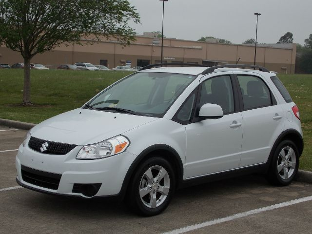 2012 SUZUKI SX4 CROSSOVER PREMIUM AWD white  all internet prices are reduced for cash cashier