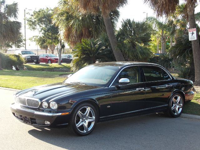 2007 JAGUAR XJ SERIES VANDEN PLAS black  all internet prices are reduced for cash cashiers ch