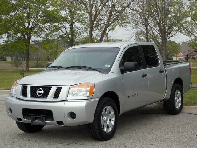 2008 NISSAN TITAN SE CREW CAB 2WD SWB silver  all internet prices are reduced for cash cashier