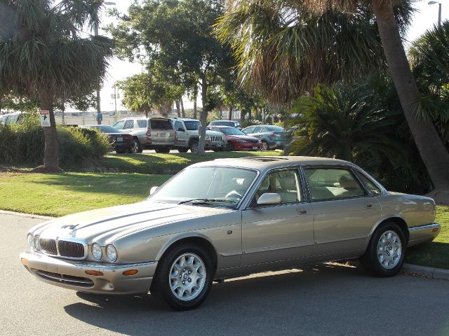 1998 JAGUAR XJ8 XJ8 L gold  all internet prices are reduced for cash cashiers check or same a