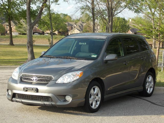 2007 TOYOTA MATRIX XR 2WD gray  all internet prices are reduced for cash cashiers check or sa