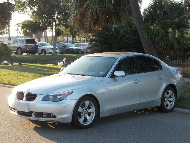 2005 BMW 5 SERIES 525I silver metallic  all internet prices are reduced for cash cashiers che