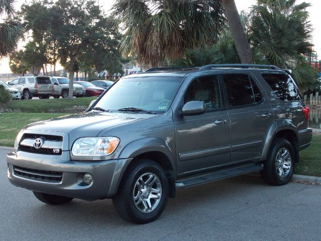 2007 TOYOTA SEQUOIA SR5 2WD gray  all internet prices are reduced for cash cashiers check or 