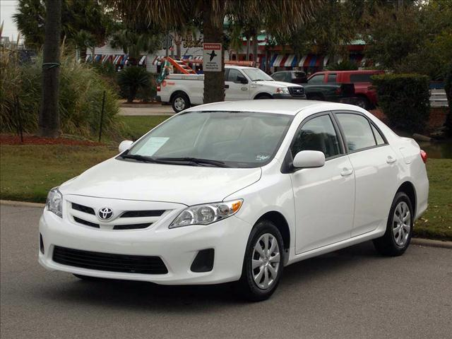 2011 TOYOTA COROLLA LE 4-SPEED AT super white  all internet prices are reduced for cash cashie